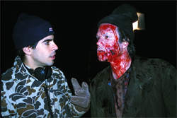 Director Eli Roth and Arie Verveen on the set of Cabin Fever